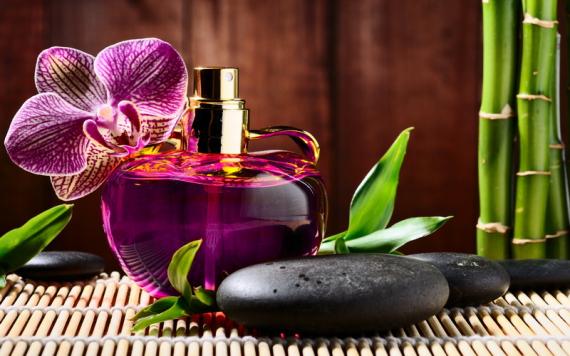 Лучшие весенние ароматы для женщин - выбираем духи на весну